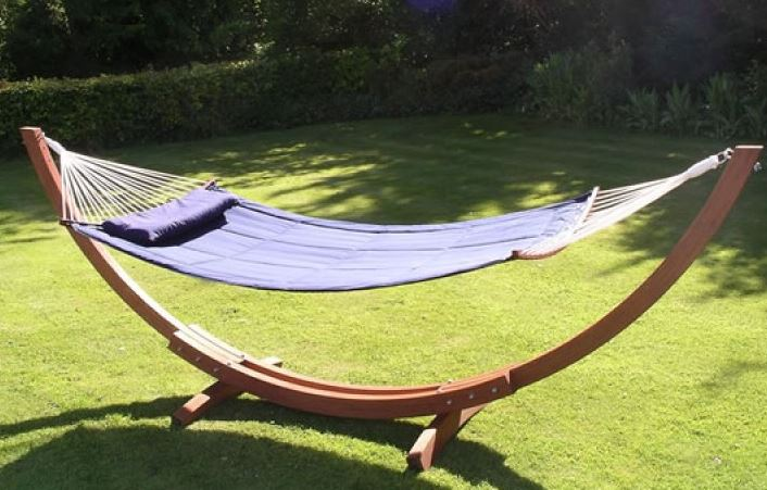 Garden Swing Hammocks UK featured image